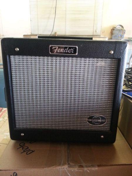 Fender Squire Guitar and Acc