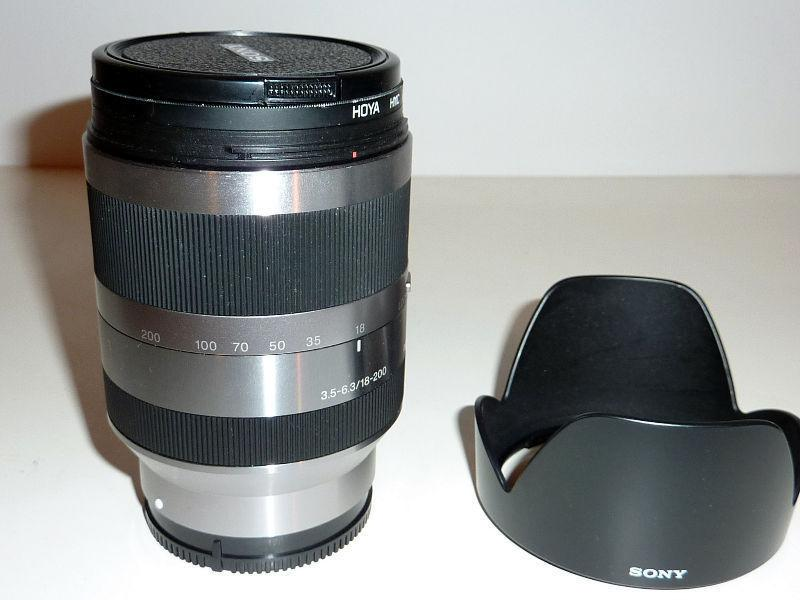 SONY SEL 18-200mm F3.5-6.3 OSS silver lens for E mount