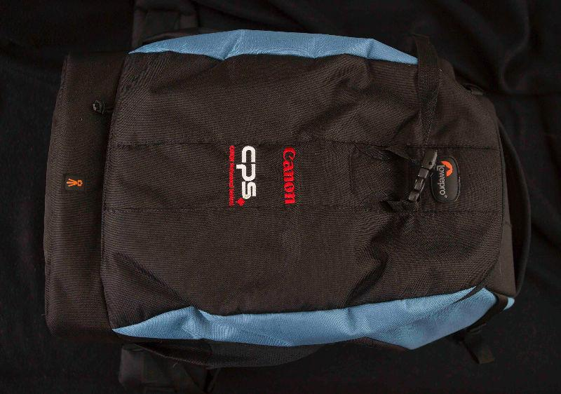 For Sale : Lowepro Flipside 500 AW Camera Backpack