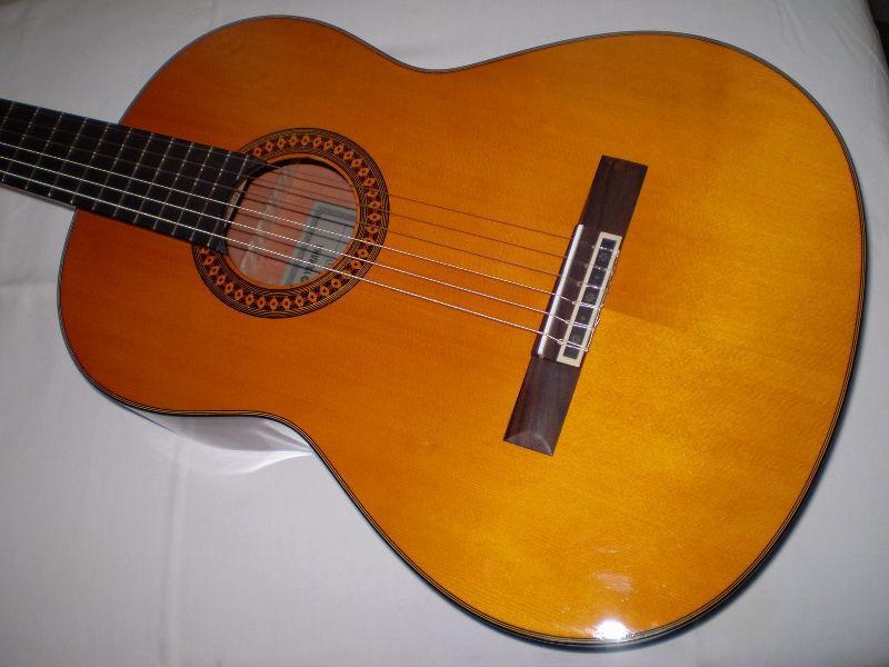 Yamaha Classical Guitar C80