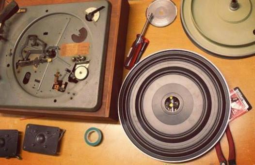 VINTAGE & VINYL RECORD PLAYER + TURNTABLE REPAIRS