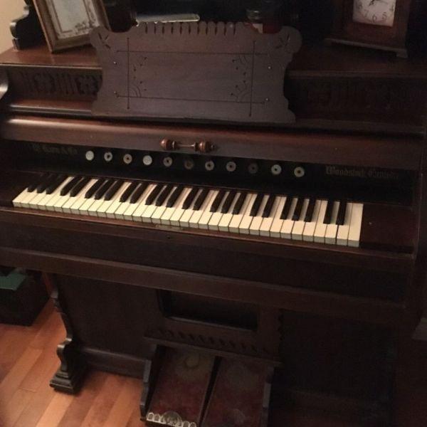 125 year old pump organ