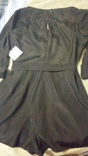 Black romper *brand new