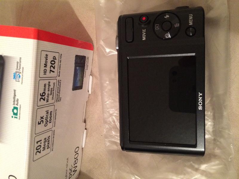 SONY Cyber-shot DSC-W800 **Brand New**