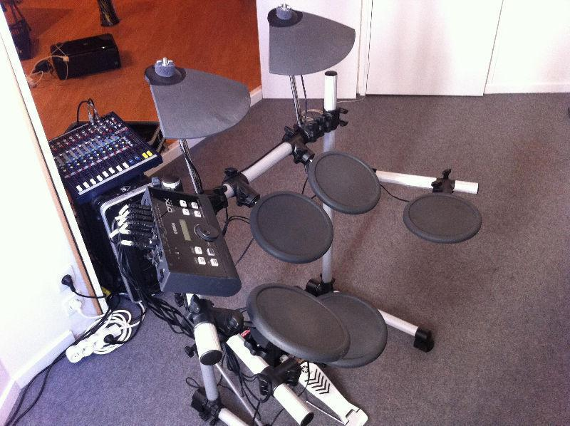 URGENT* Yamaha DTX500K Electronic drum kit
