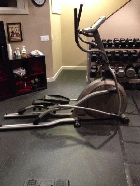 Vision Fitness 2600HRT Elliptical