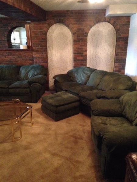 Estate Sale / Briar Hill 1237 - 19th Street NW