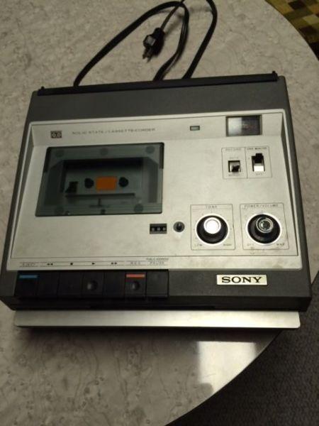 Sony audio cassette player (vintage)