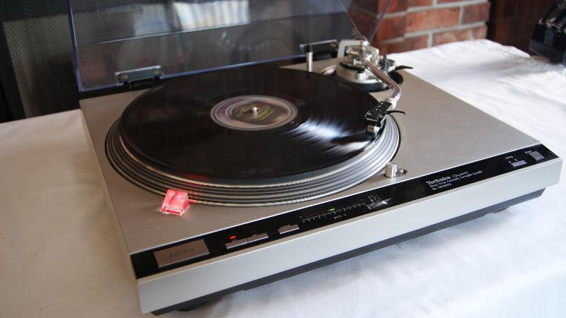 Audiolesswpg's Turntables, Amplifiers & Speaker Ad !!!