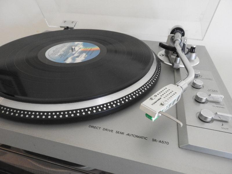 Toshiba SR A570 Turntable Record Player
