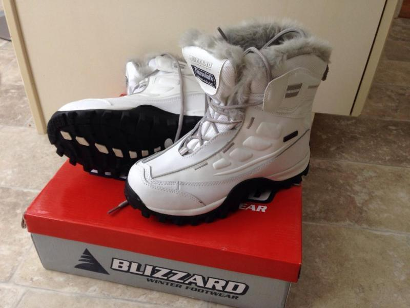 Brand new Blizzard Thinsulate Boots