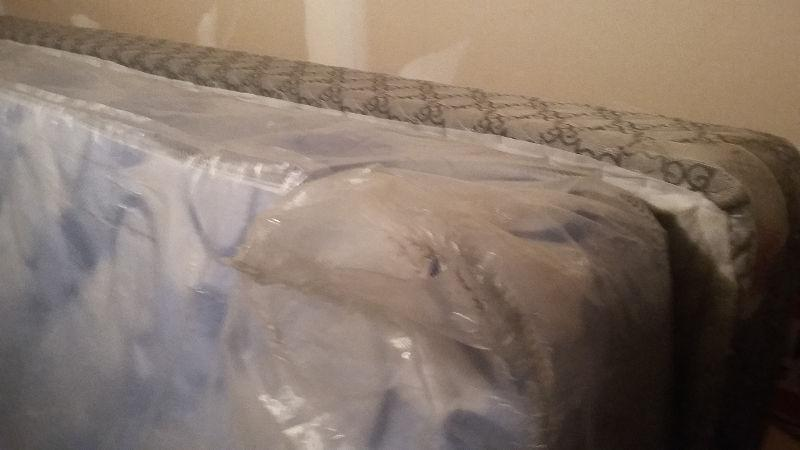 one year old queen size mattress and boxspring