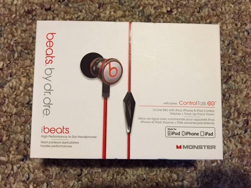 beats by Dr.Dre Monster earbuds
