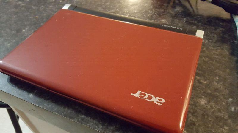 Acer Aspire One Netbook Computer