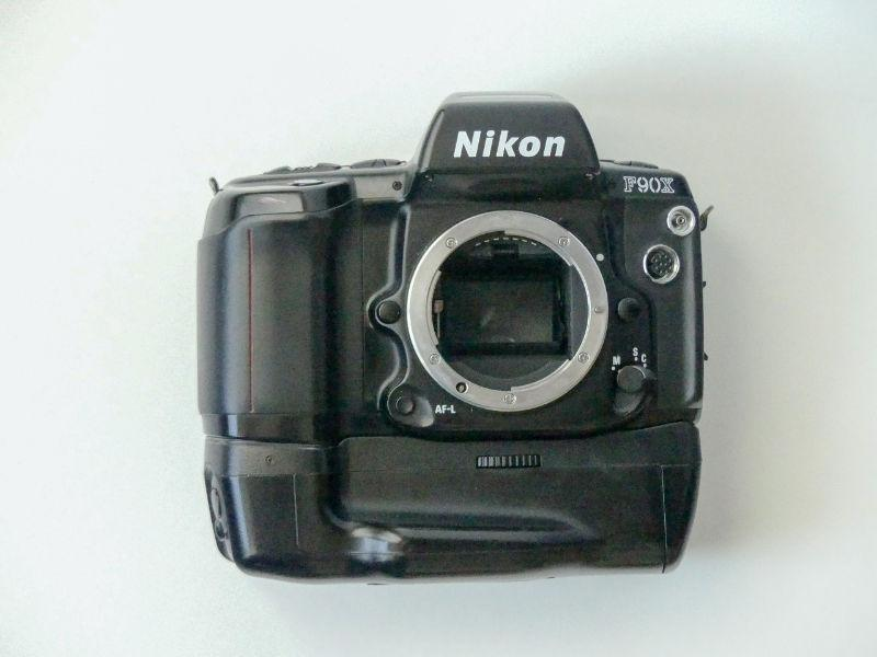 Nikon F90X SLR body only