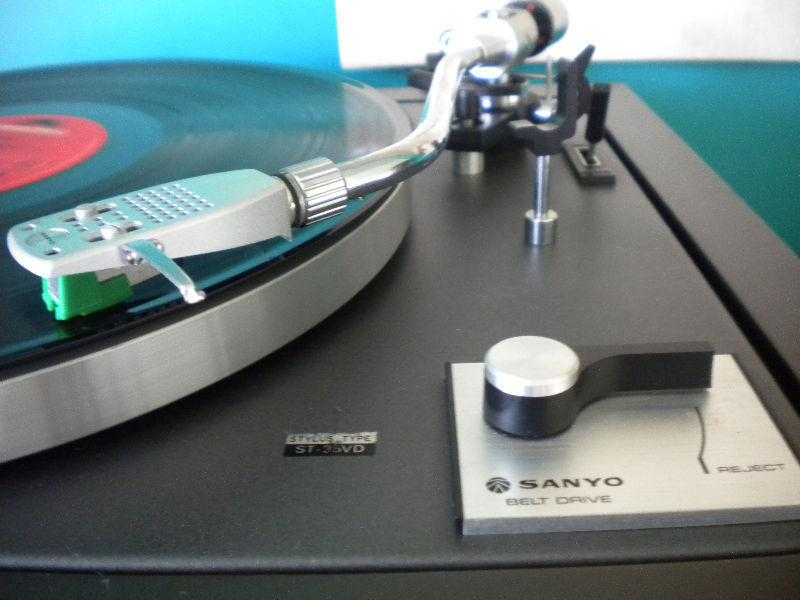 Sanyo AP 626 Turntable