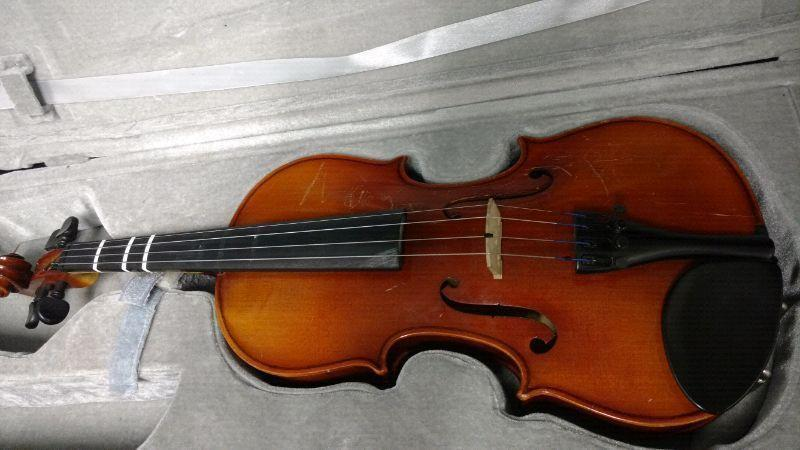 3/4 violin and bow