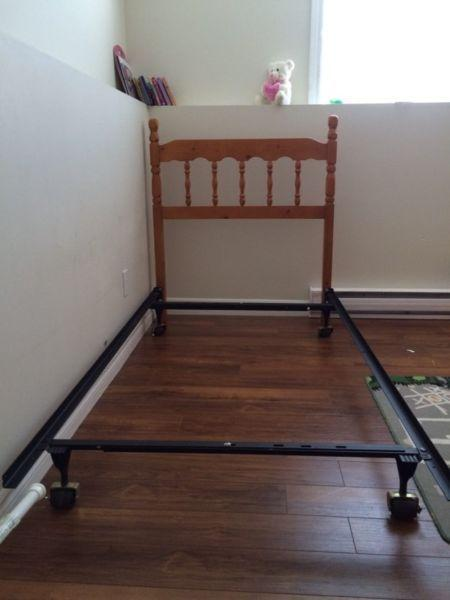 bed frame for a twin bed