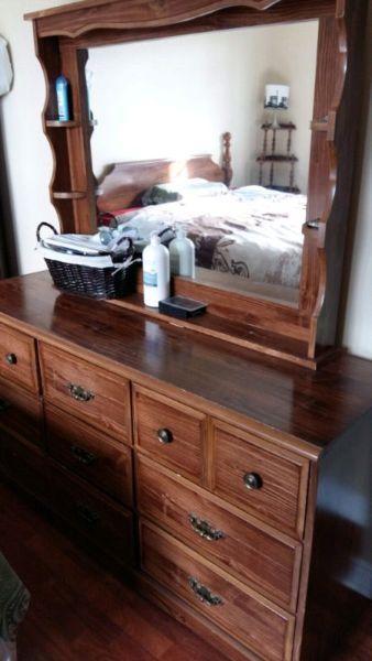 Bedroom set $ 200