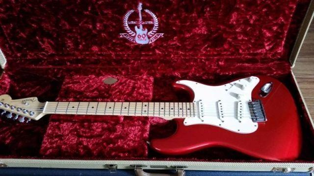 REDUCED!!! 2003 Fender Stratocaster American Standard
