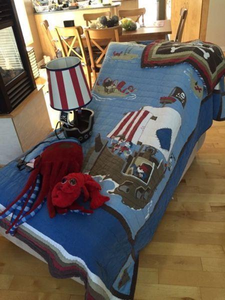 Twin size Pirate bedding set- ensemble lit de pirate