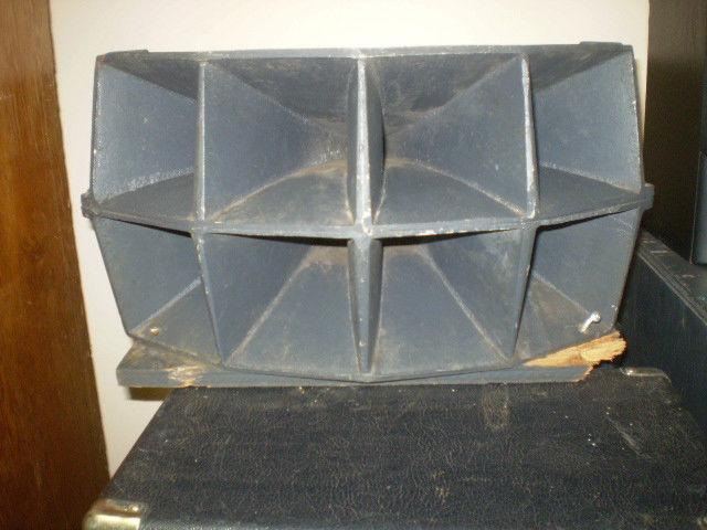 VINTAGE THEATRE SPEAKER AND TWEETER FOR SERIOUS COLLECTORS