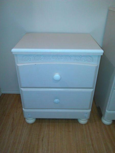 Cottage Retreat Dresser and mirror/ night stand