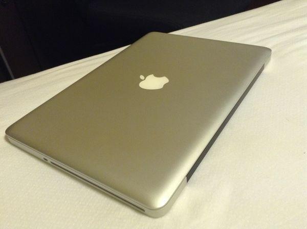 Apple MacBook Pro - Like New