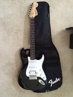 Mini Squire Strat Fender and Amp
