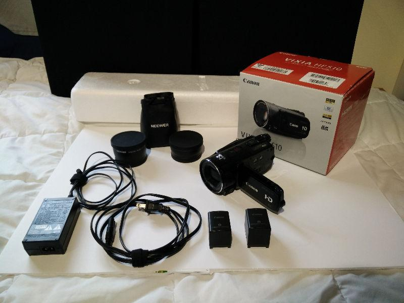 Canon HD Camcorder HFS10 + two lenses