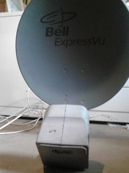 bell satelite dish with dual eye