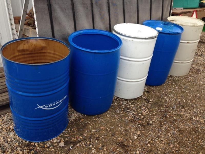 Steel and Plastic 45 Gallon Barrels For Sale