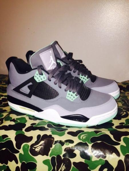 Jordan 4 Green Glow brand new DS size 10 sco (price drop $280)