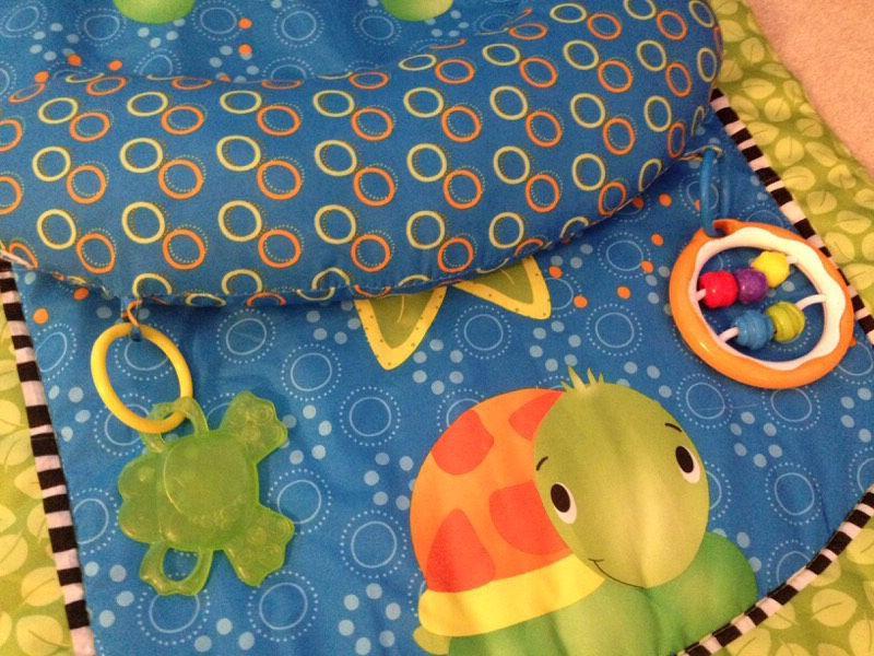 Bright Starts Tummytime Playmat