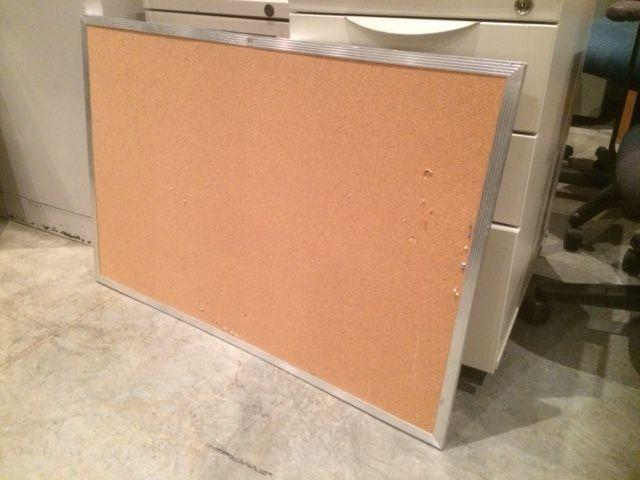 Cork boards / whiteboards (different sized available)