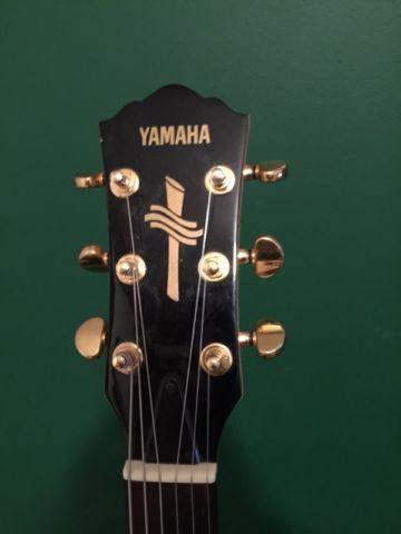 Yamaha AEX500 Semi-Hollow Body Electric