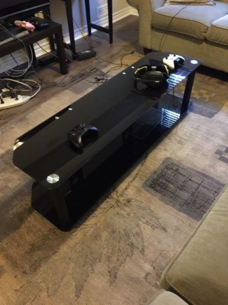 Wanted: Black glass coffee table