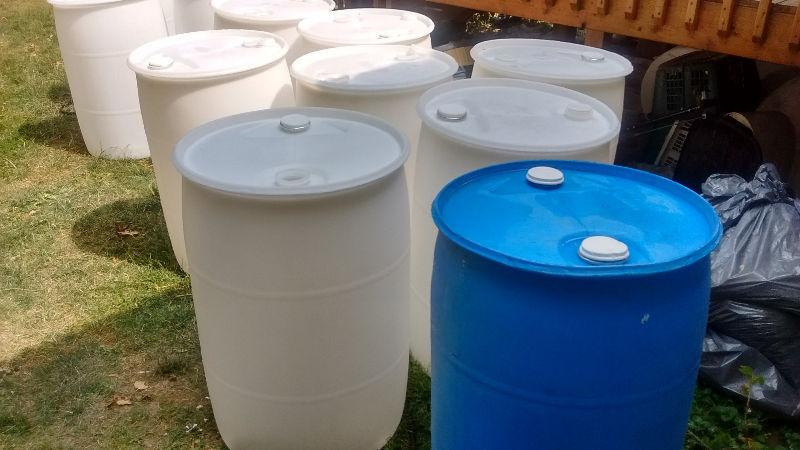 55 Gallon rain plastic barrel