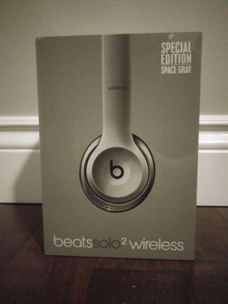 Unopened Beats Solo 2 Wireless Headphones from Beats by Dre