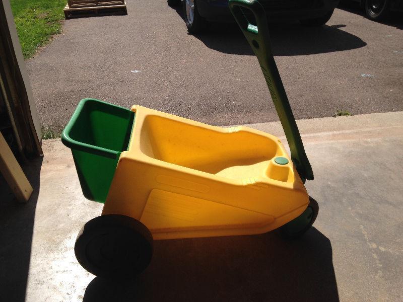 Baby/infant wagon/sled