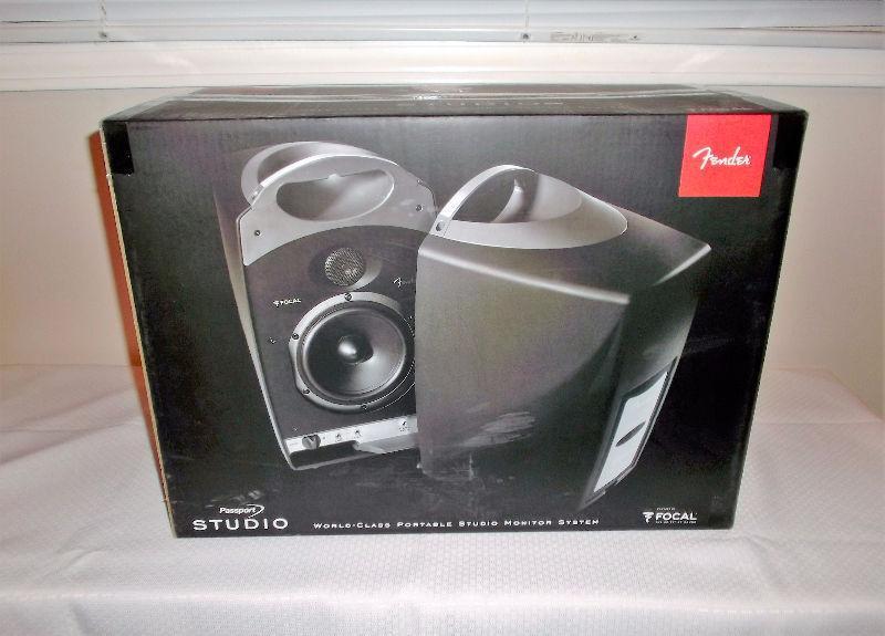 Fender Passport Studio Portable Monitors