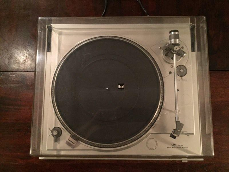 Vintage DUAL CS 508 belt drive turntable