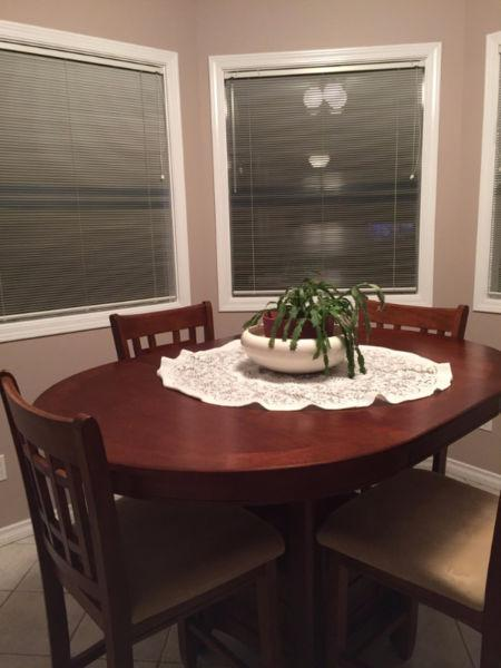 Counter-Height Dining Set