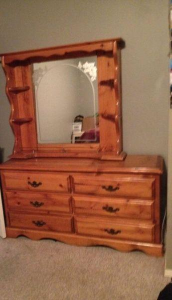 Project dresser and mirror