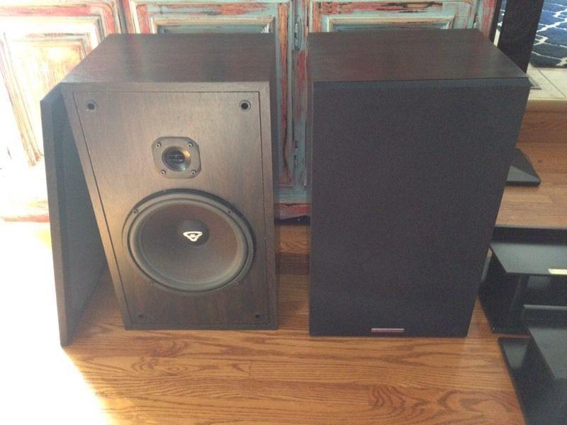 Fisher Stereo & Cerwin Vega Speakers