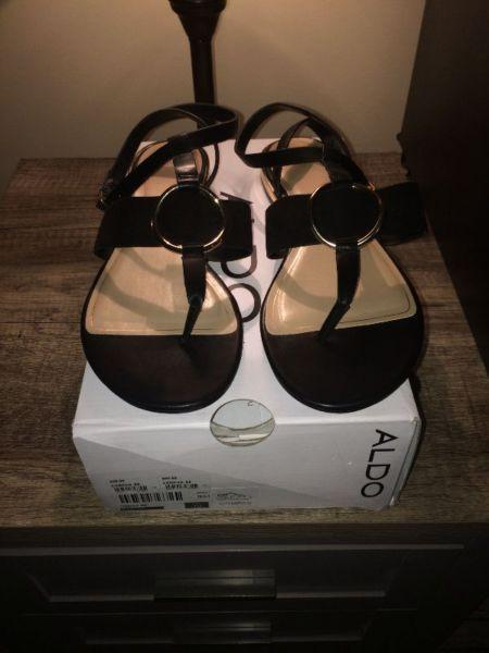 Brand new black aldo sandles!!!!