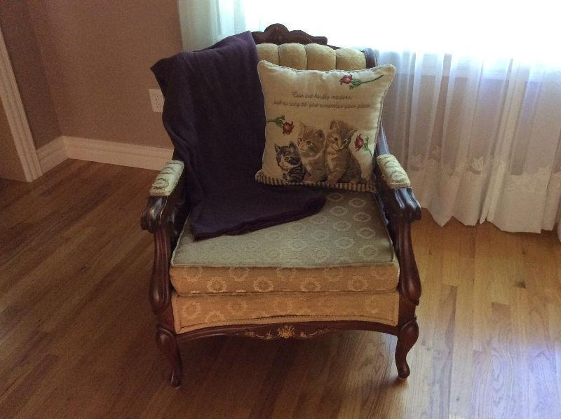 French Provincial Couch Brick7 Sale