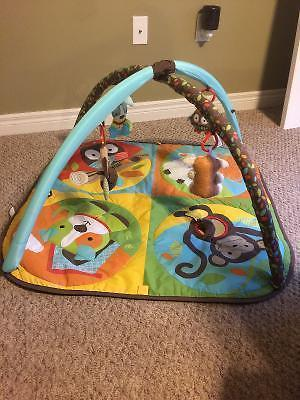 Excellent condition baby play mat