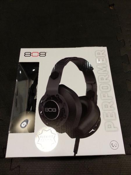 808 PERFORMER Over-Ear Headphones Black (HPA180BK) (BNIB)