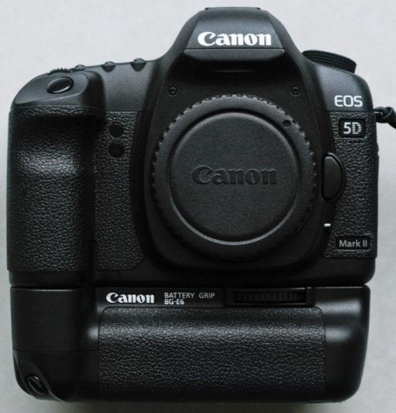 Canon 5D mark ii with battery grip